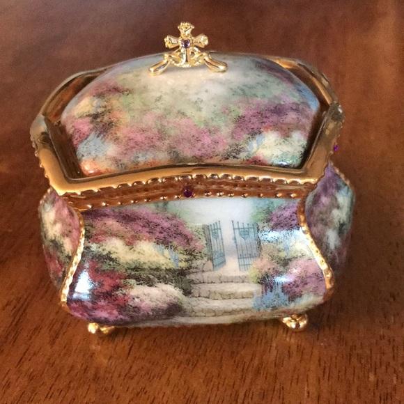 Thomas Kinkade Musical Prayer Box Collection